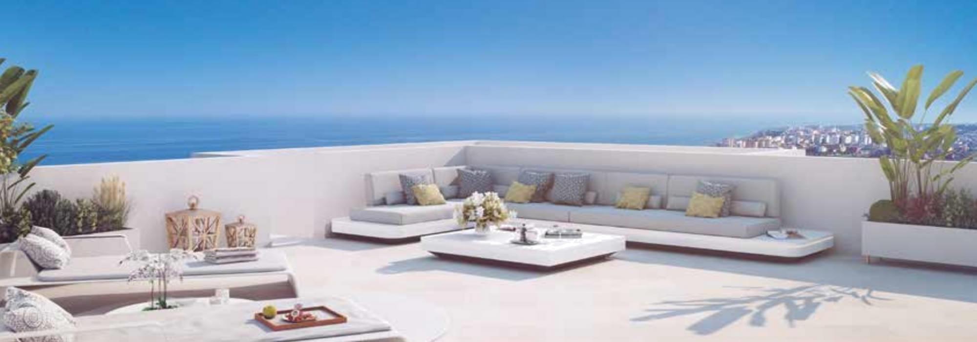 Pisos con terrazas al sol en primera linea de golf, Torre del Mar